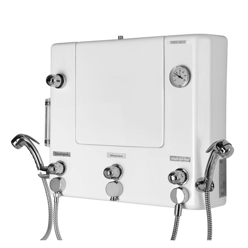 Quadro di comando a muro con doccette per disinfezione e lavaggio